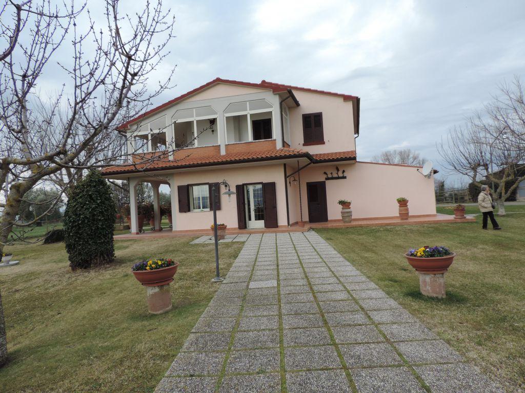 villa vendita roccastrada montemassi