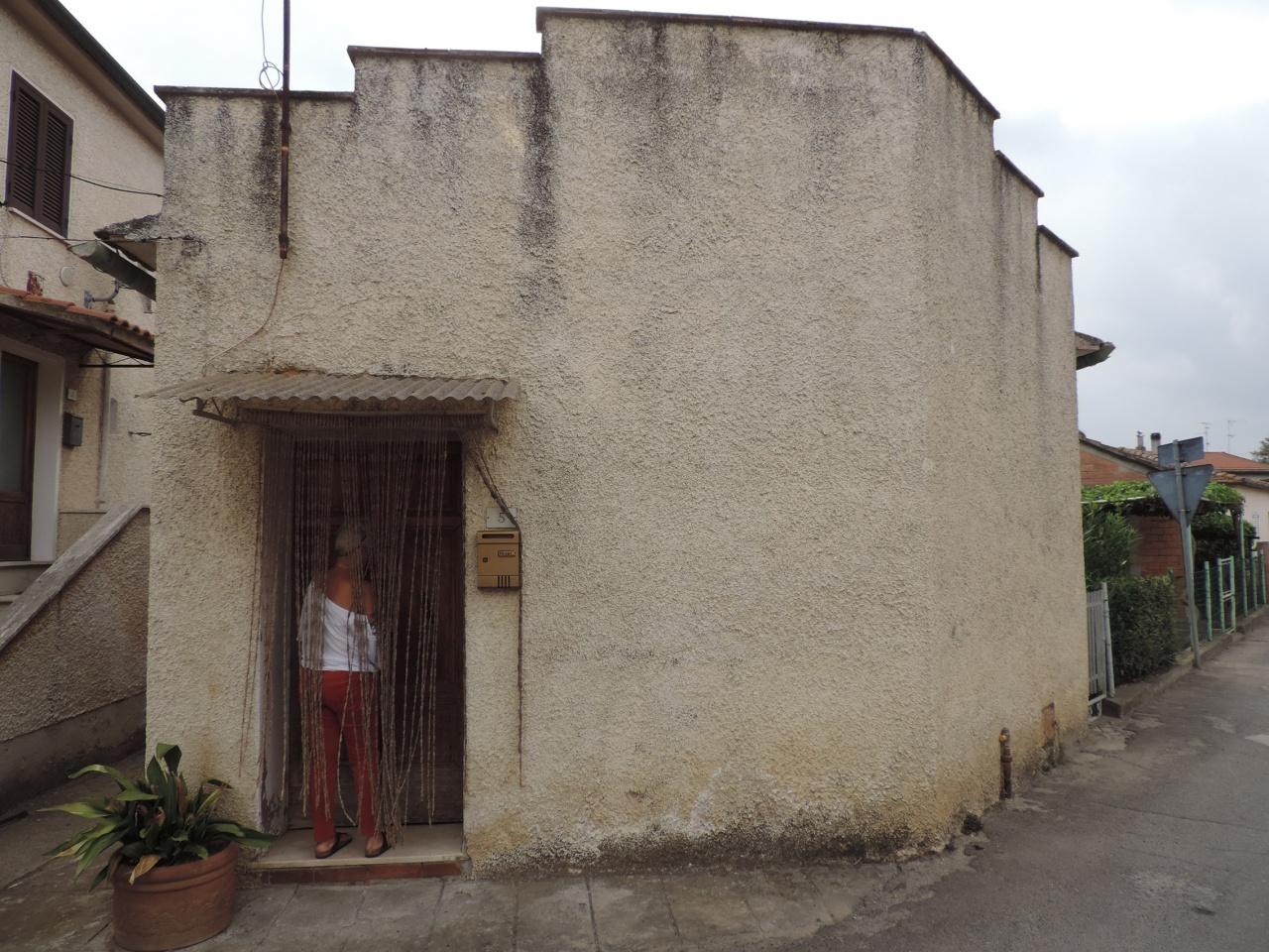 casa indipendente vendita roccastrada ribolla
